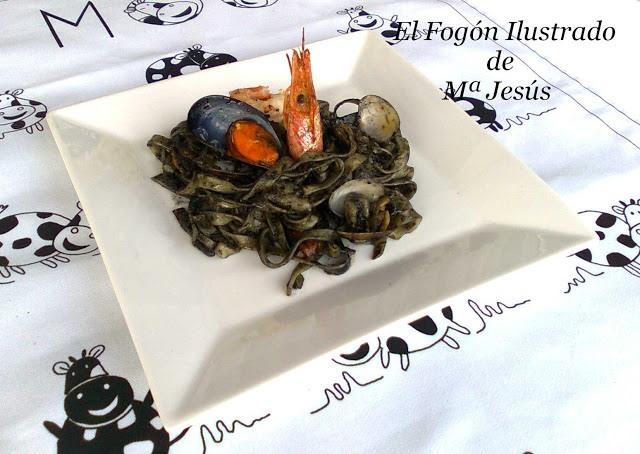 nidos-con-frutos-de-mar-y-marea-negra