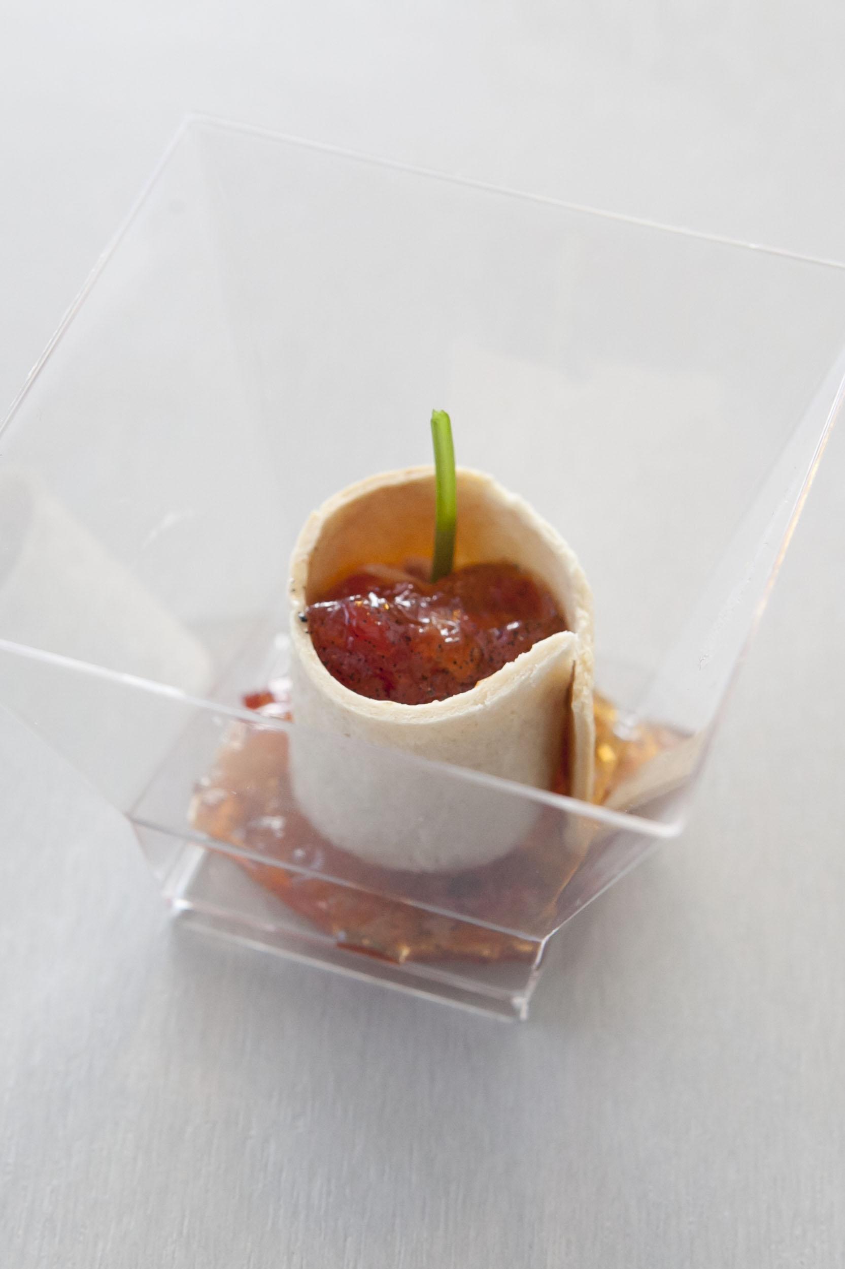 _MG_8823 Canutillos de longaniza con Confitura de Tomate a la Vainilla