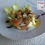 Ensalada dulce de Endivias,Salmón marinado y frutos secos