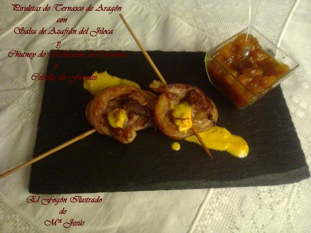 Piruletas de Ternasco de Aragón con Salsa de Azafrán del Jiloca y Chutney de Melocotón de Calanda y Cebolla de Fuentes (2)