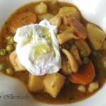 Suquet de Sepia y guisantes con huevo mollet